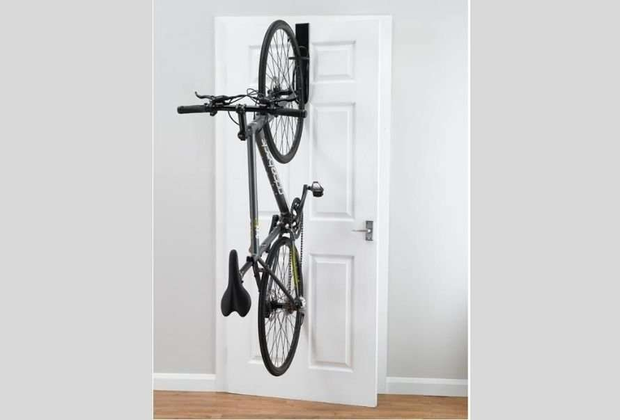 Non-permanent off the door bike storage rack