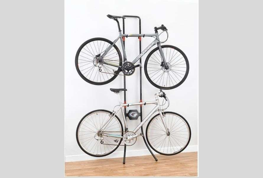 Non-permanent wall-leaning bike rack